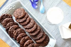 Mocno czekoladowe ciasteczka owsiane