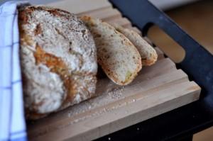 Chleb- pyszny, z chrupiącą skórką