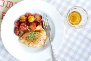 Kurczak glazurowany miodem z balsamicznymi pomidorkami