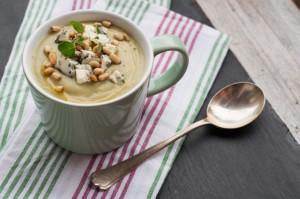 Brokułowa zupa-krem z serem pleśniowym