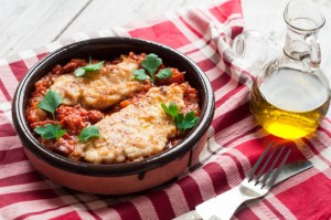 Kurczak na sosie pomidorowym z chorizo
