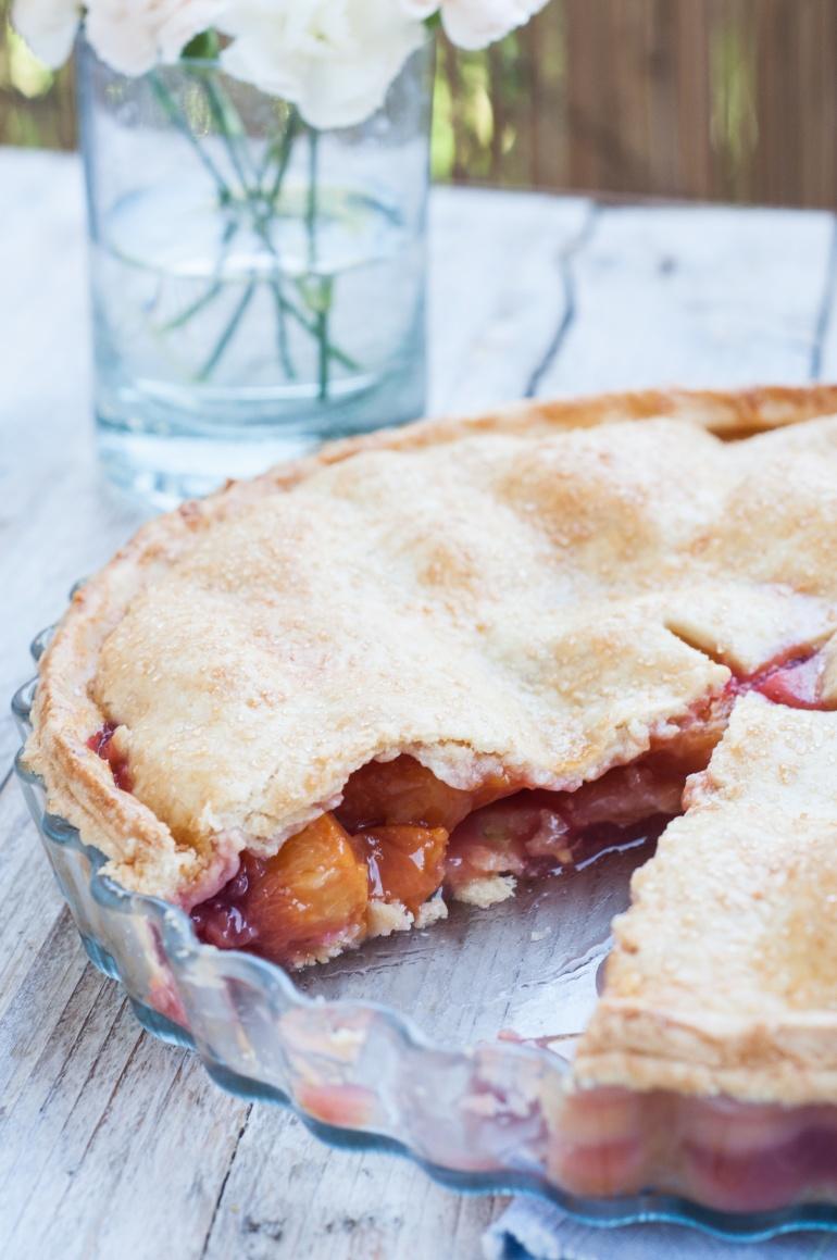 Ciasto brzoskwiniowe z truskawkami pie (2)