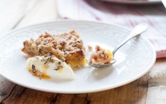 Maślane ciasto z owocami i kruszonką (5)