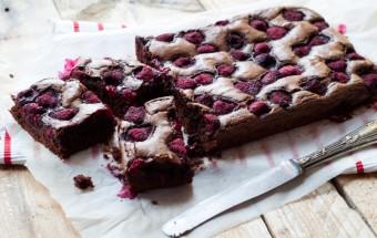 brownie z malinami (2)