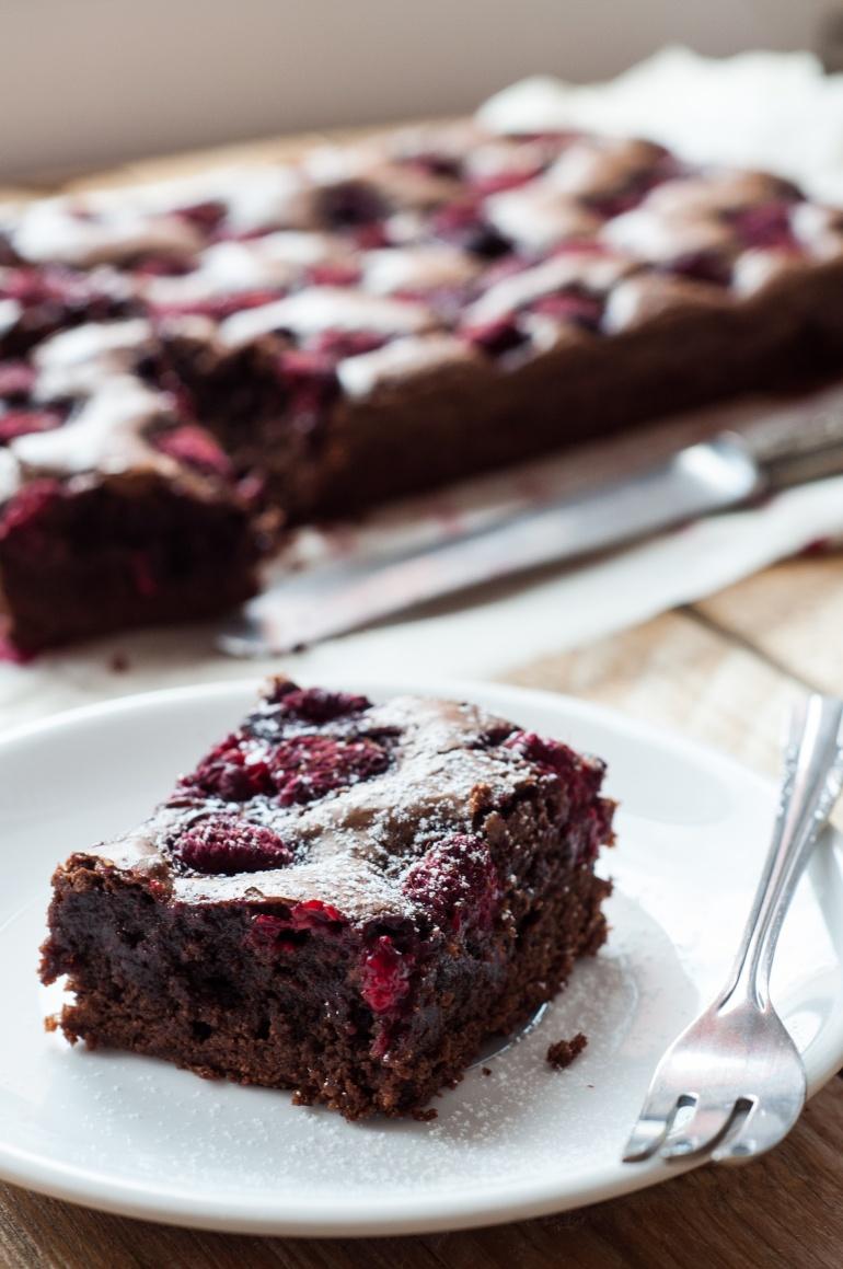 brownie z malinami (3)