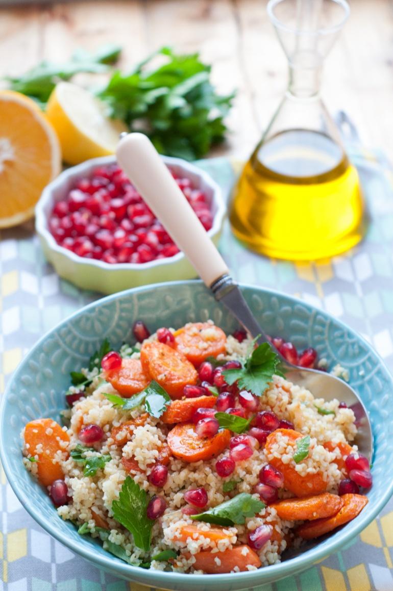 bulgur z pieczoną marchewką i granatem (2)