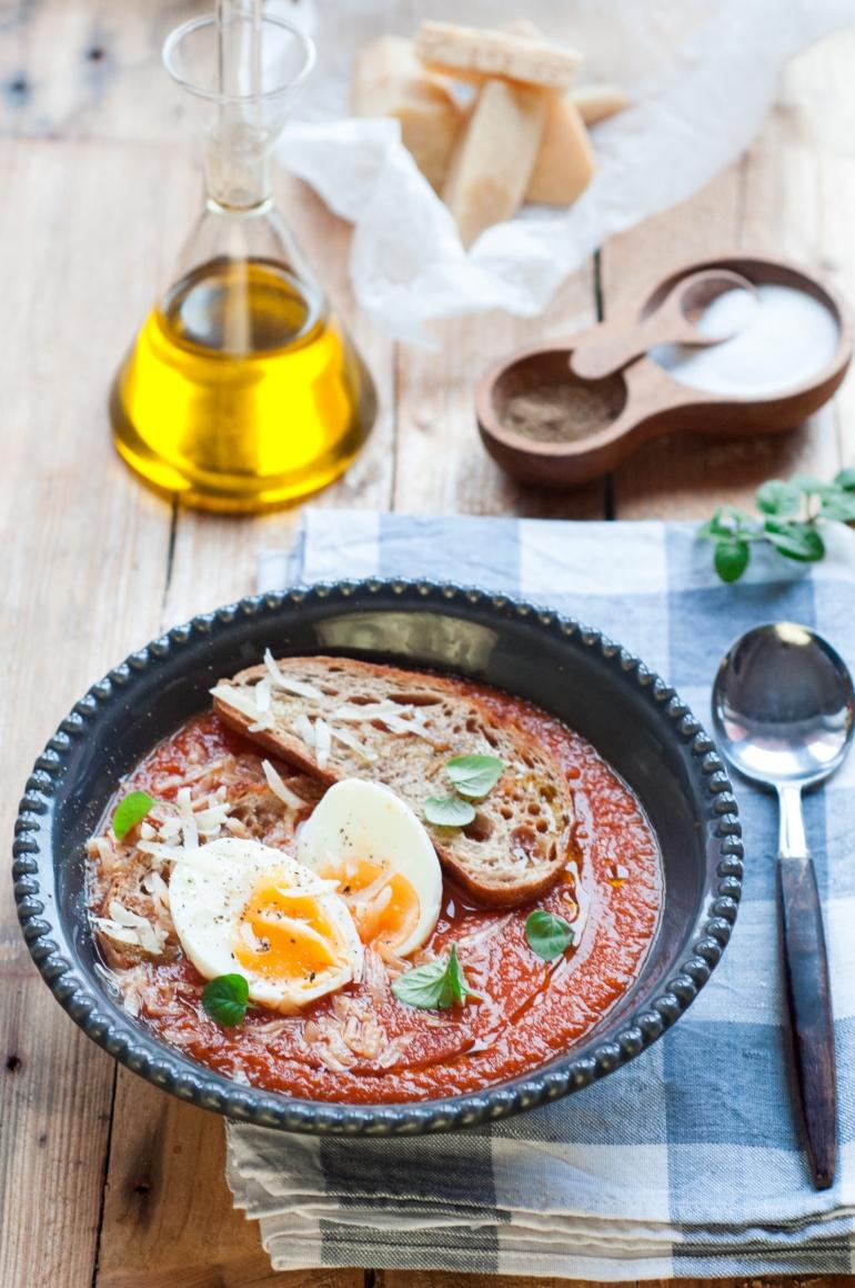 zupa pomidorowa z jajkiem (1)