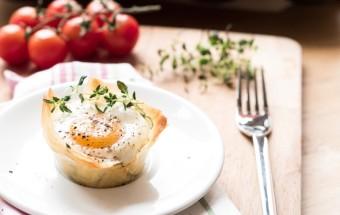 jajka ze szpiankiem i ciastem filo (2)