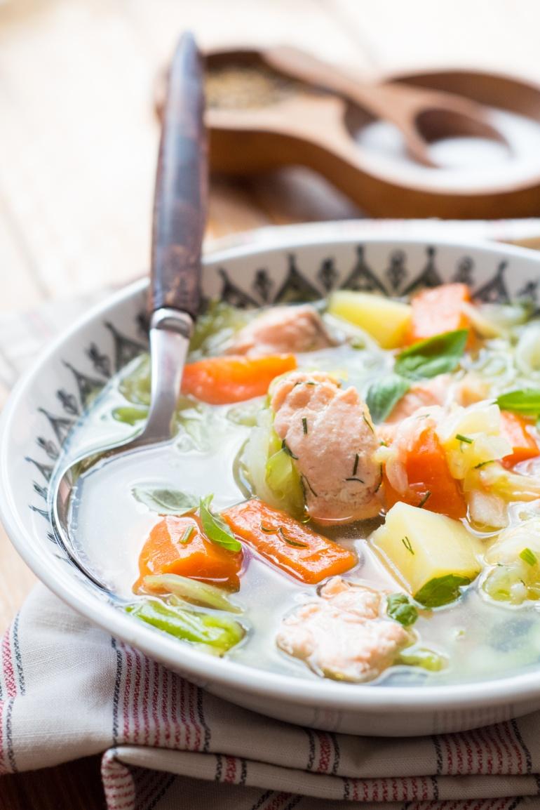 zupa z młodej kapusty z łososiem (3)