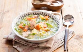 zupa z młodej kapusty z łososiem (4)