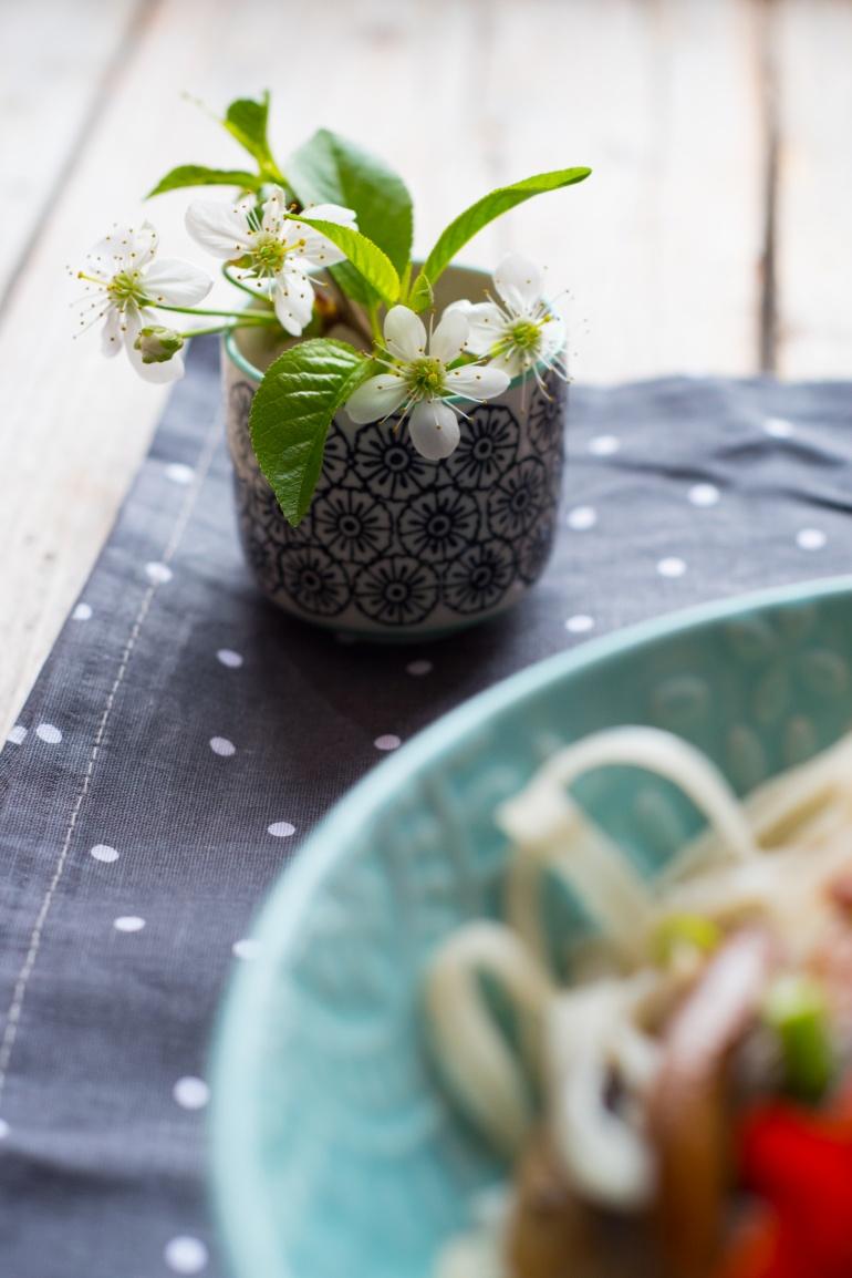 makaron ryżowy z piecarkami portobello (20)