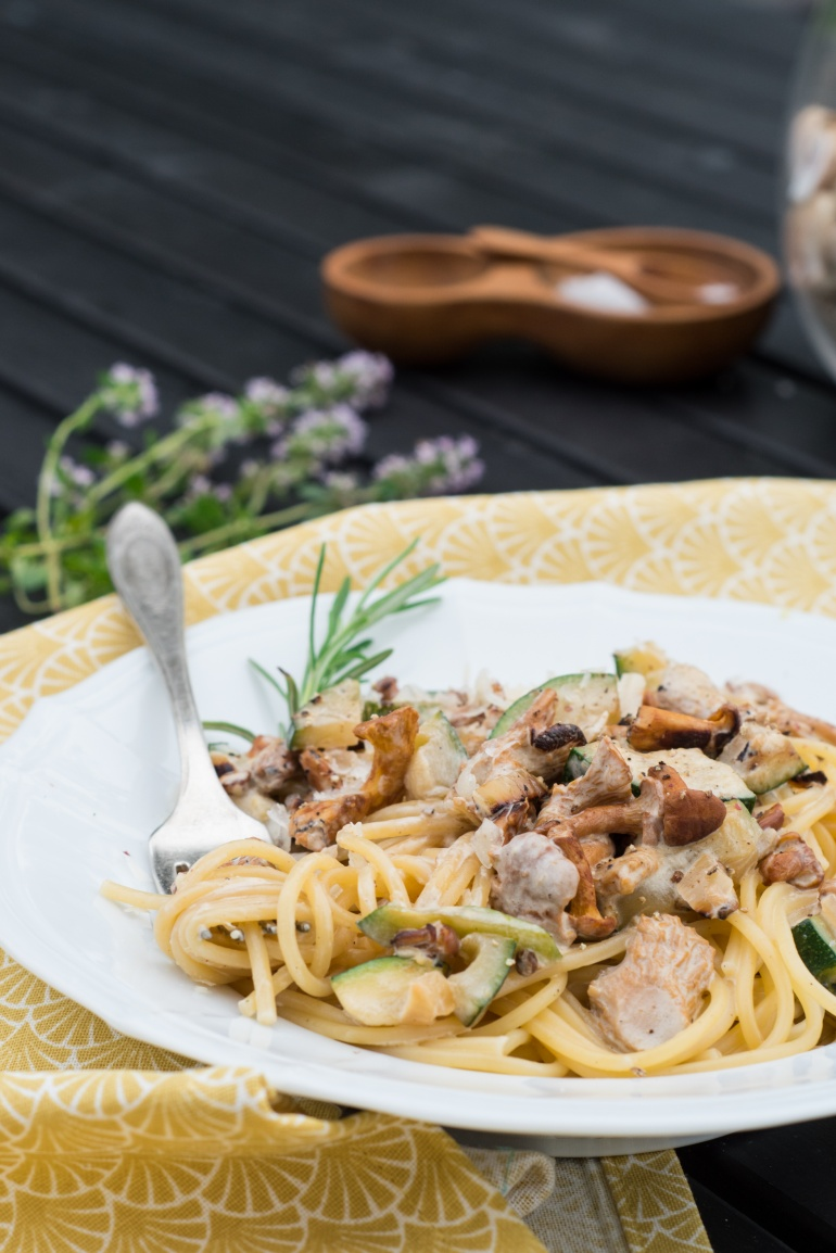 makaron z kurkmi i cukinią kuchnia agaty (2)