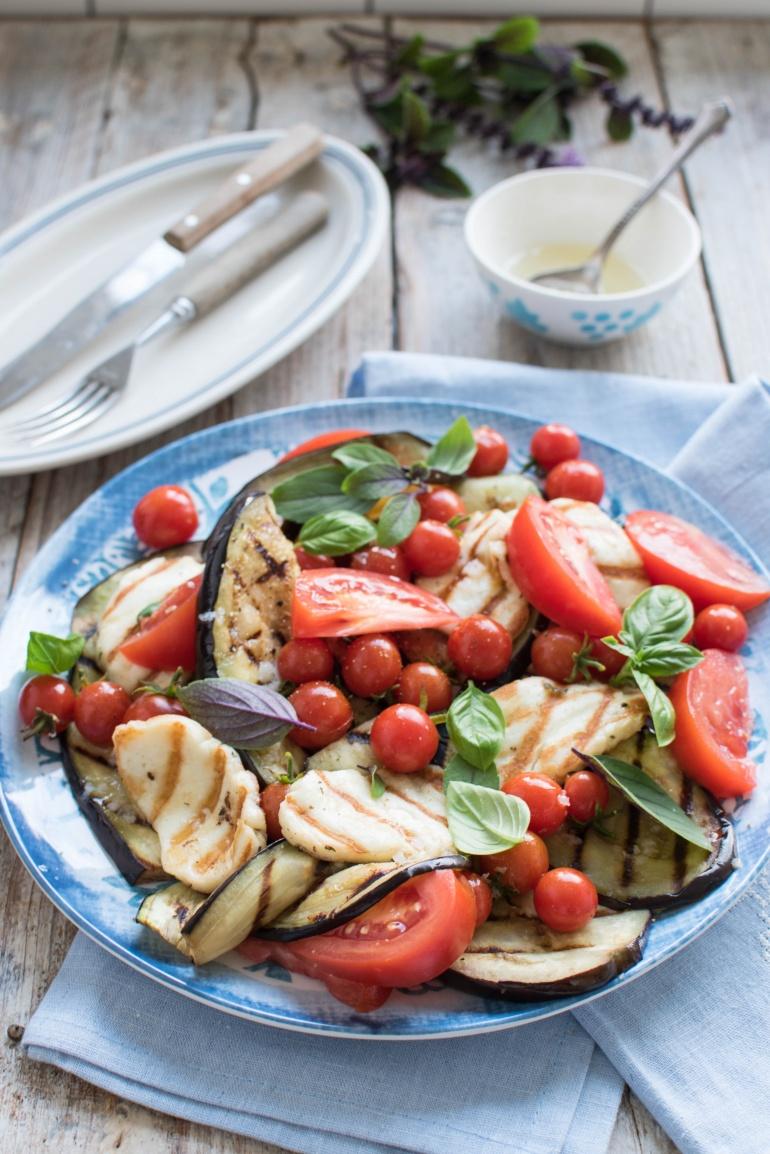 sałatka z grillowanym bakłażanem kuchnia agaty (1)