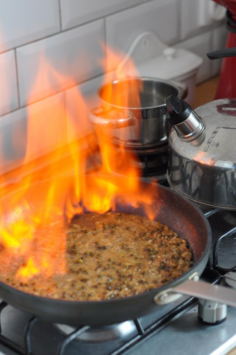flambirowanie mięsa