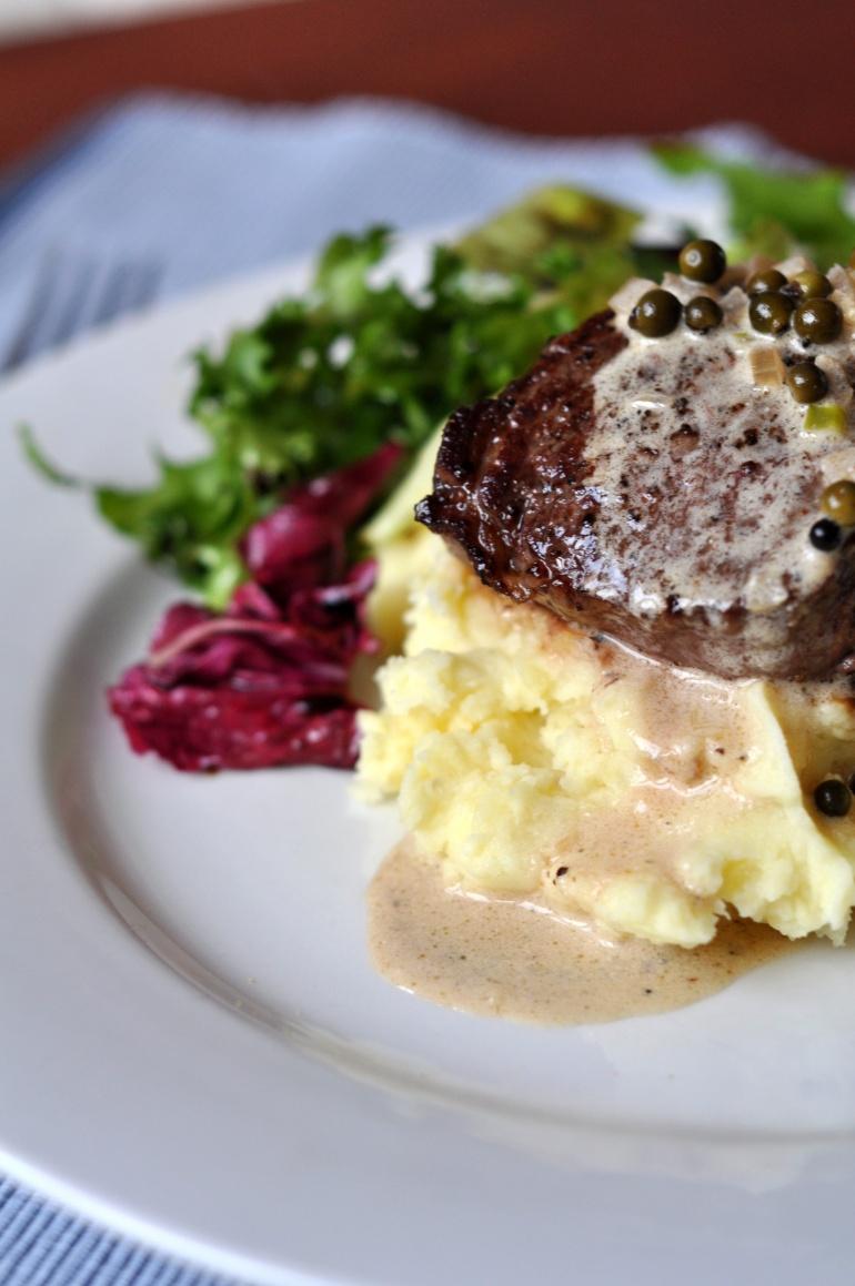 stek z polędwicy wołoej na puree