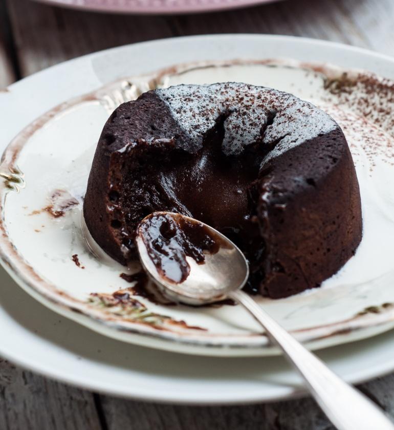 fondant czekoladowy z płynnym wnętrzem