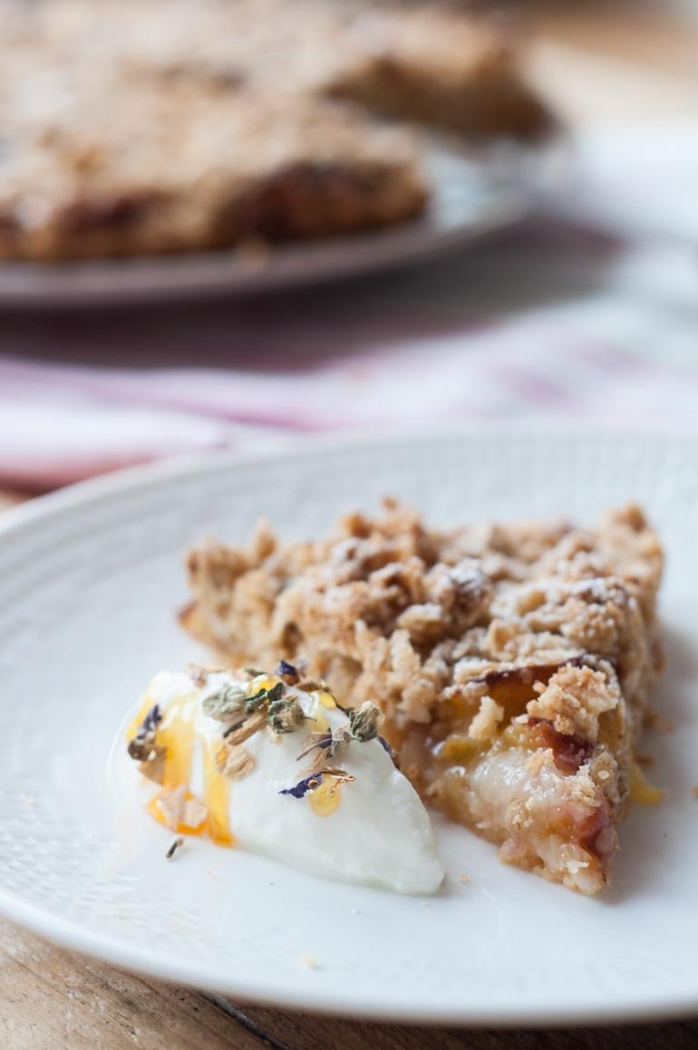 Maślane ciasto z owocami i kruszonką (2)