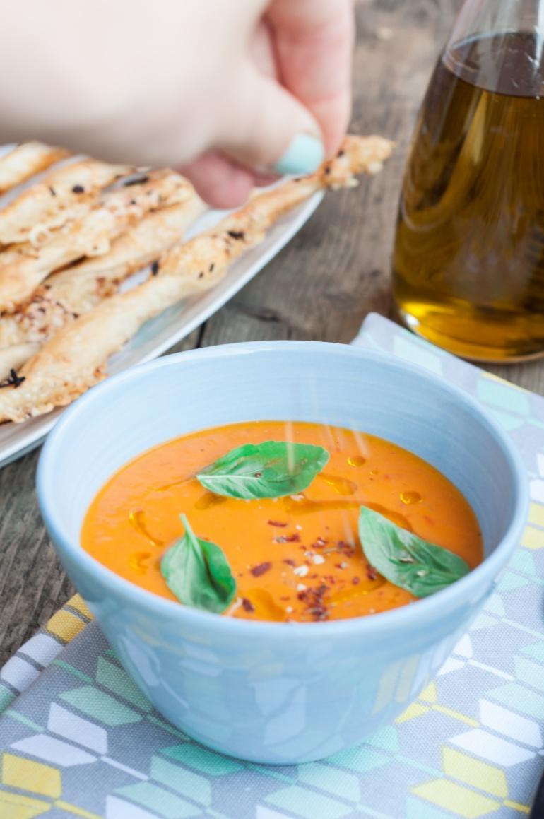 Sezonowa zupa ze  świeżych pomidorów (2)