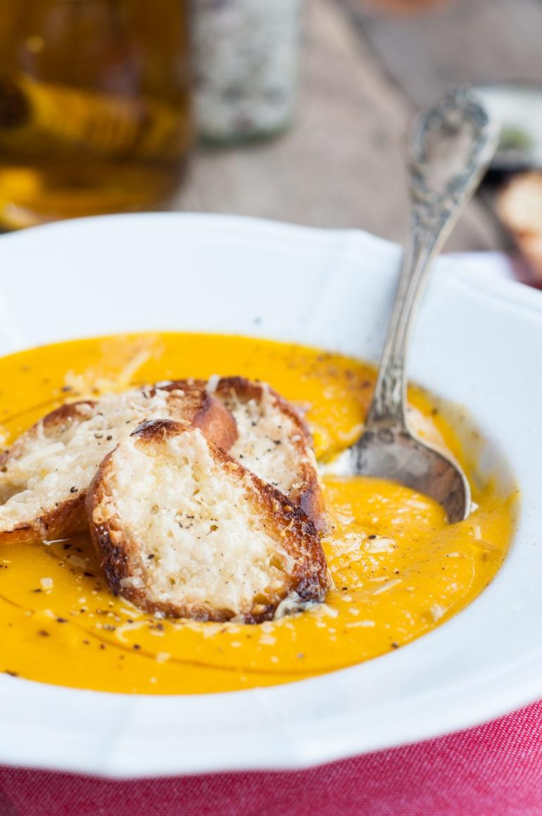 Zupa krem z dyni i marchewki (1)