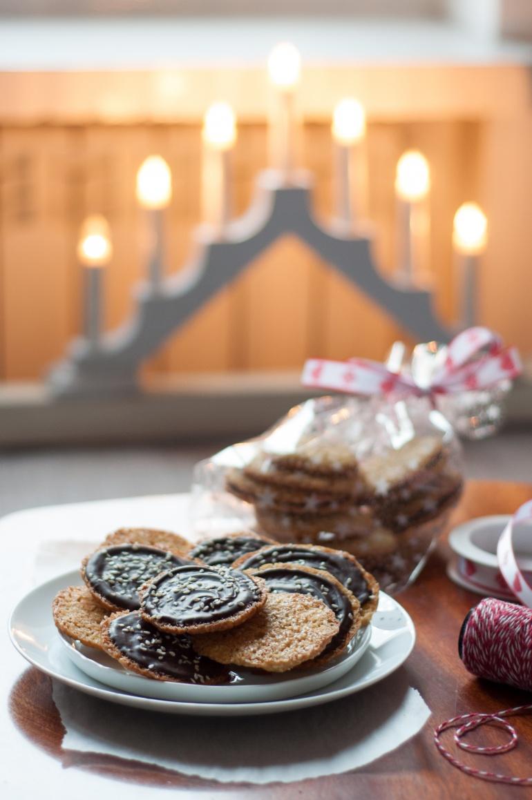 Świąteczne ciasteczka sezamowe (1)
