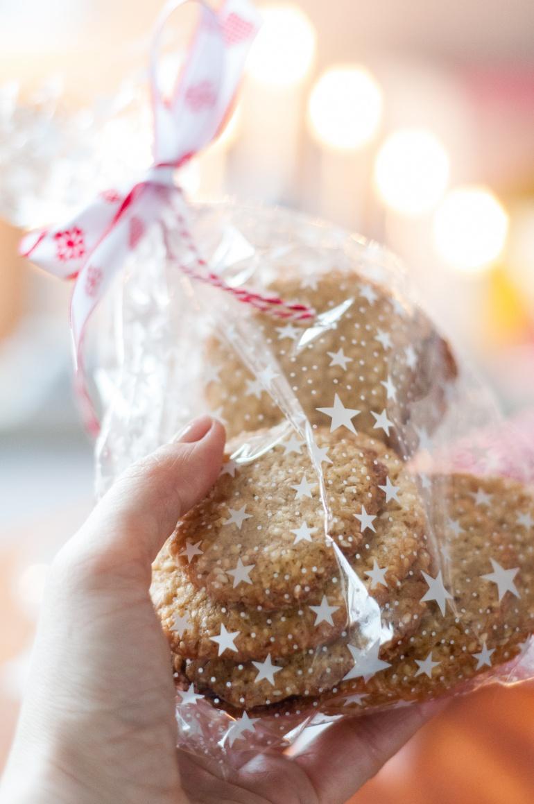 Świąteczne ciasteczka sezamowe (4)