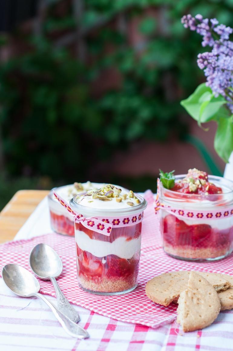 truskawki z rabarbarem (1)