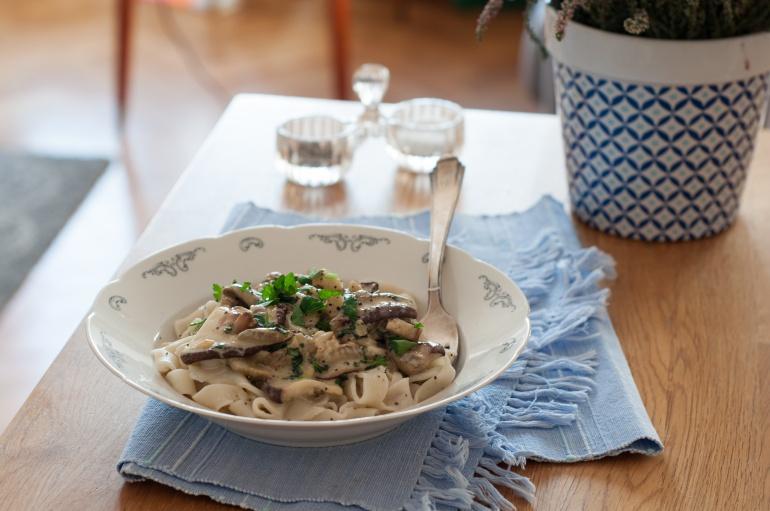 makaron z sosem grzybowym (3)