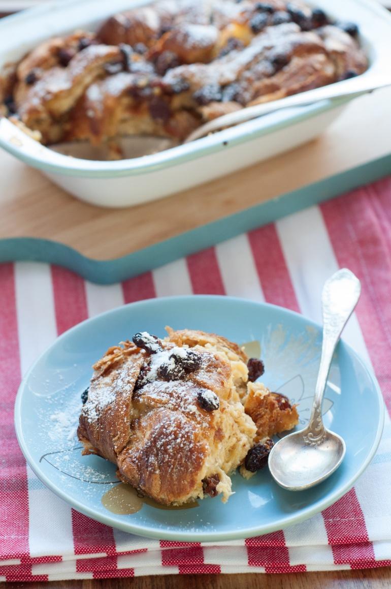 Karmelowy pudding z croissantami (1)