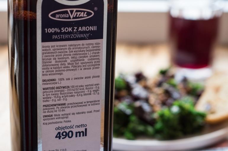 oleofarm- sałatka z jarmużem i wątróbką (1)