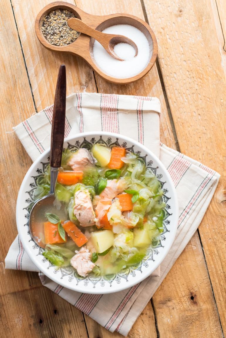 zupa z młodej kapusty z łososiem (2)