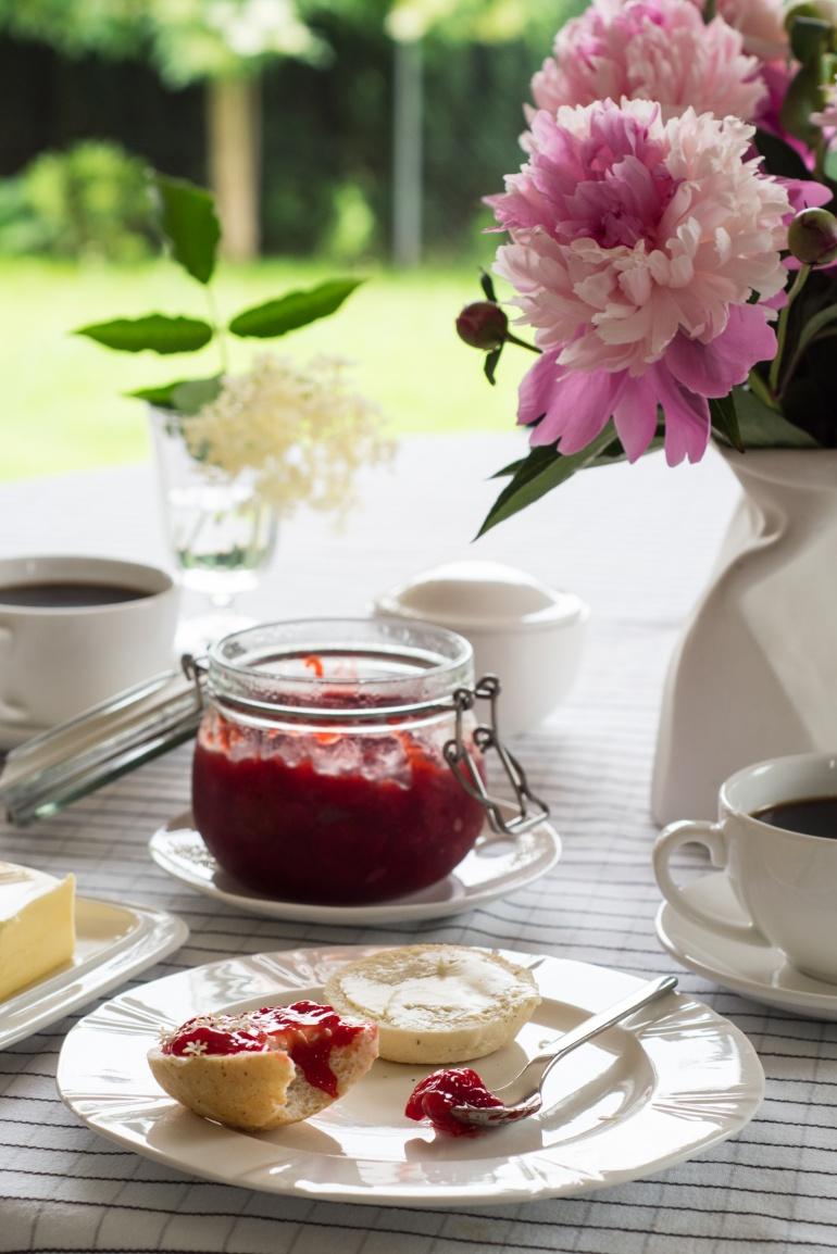 dżem truskawkowy z czarnym bzem kuchnia agaty (2)