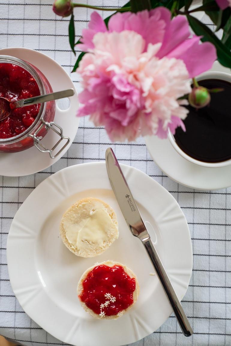 dżem truskawkowy z czarnym bzem kuchnia agaty (3)