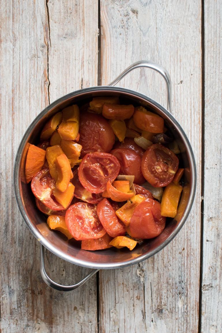 sos z pieczonej dyni i pomidorów kuchnia agaty (1)