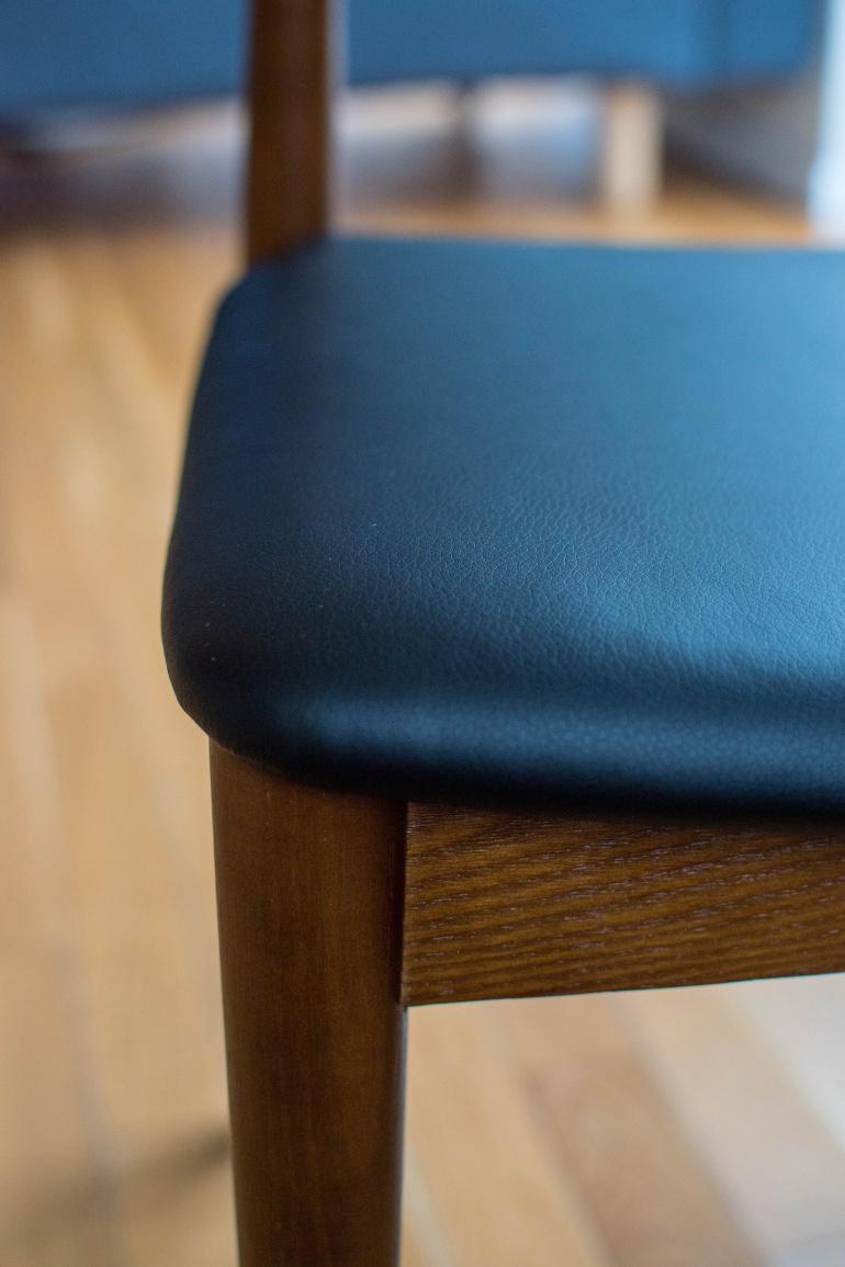 drewaniane krzesło do jadalni