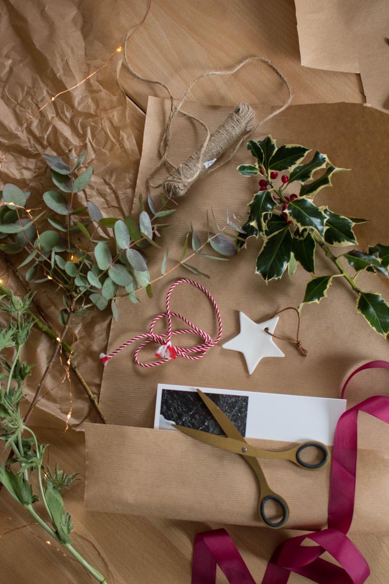 naturalne materiały do pakowania prezentów