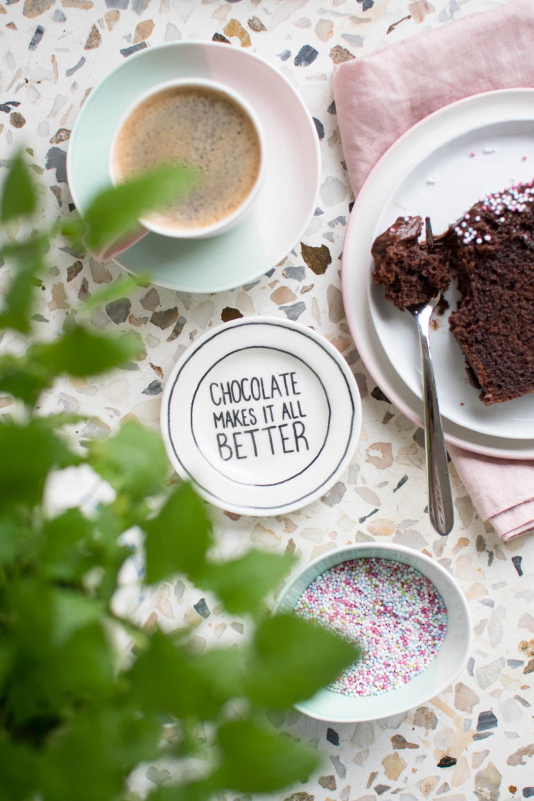 Porcja ciasta czekoladowego